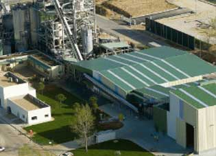 Conversion of municipal solid waste to biofuels