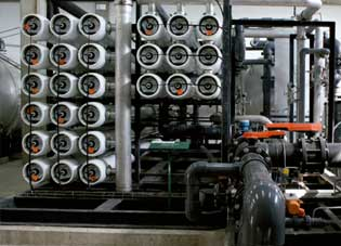 ósmosis inversa-Since 2009, Aigües del Prat has produced over 90% of the drinking water in the municipality of El Prat without interruption by means of two reverse osmosis DWTPs